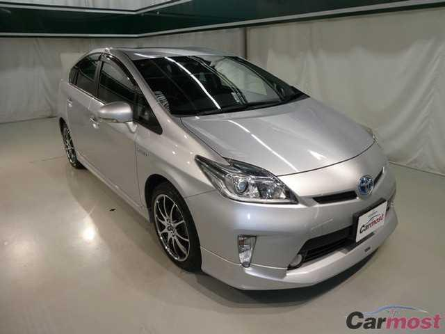 2013 Toyota Prius CN 04387378 (Reserved)