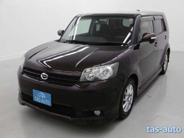 2010 Toyota Corolla Rumion CN 06917759 (Sold)